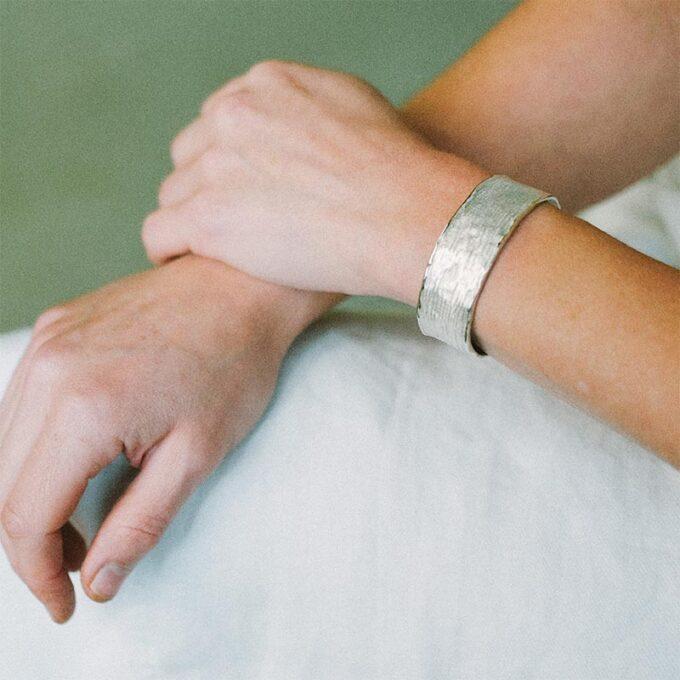web__0009_N° 195_armband_Ines Bouwen jewelry