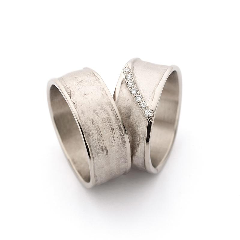 N 29 7 Handgemaakte Witgouden Trouwringen Ines Bouwen Jewelry